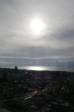 展望台から見下ろす海