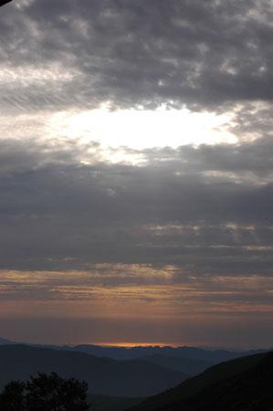 夕日が生まれました。