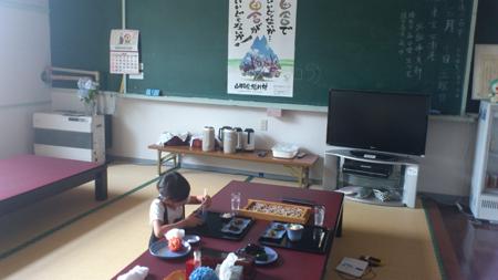 教室で蕎麦