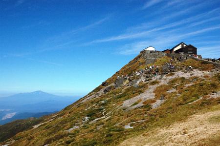 鳥海山に月山神社